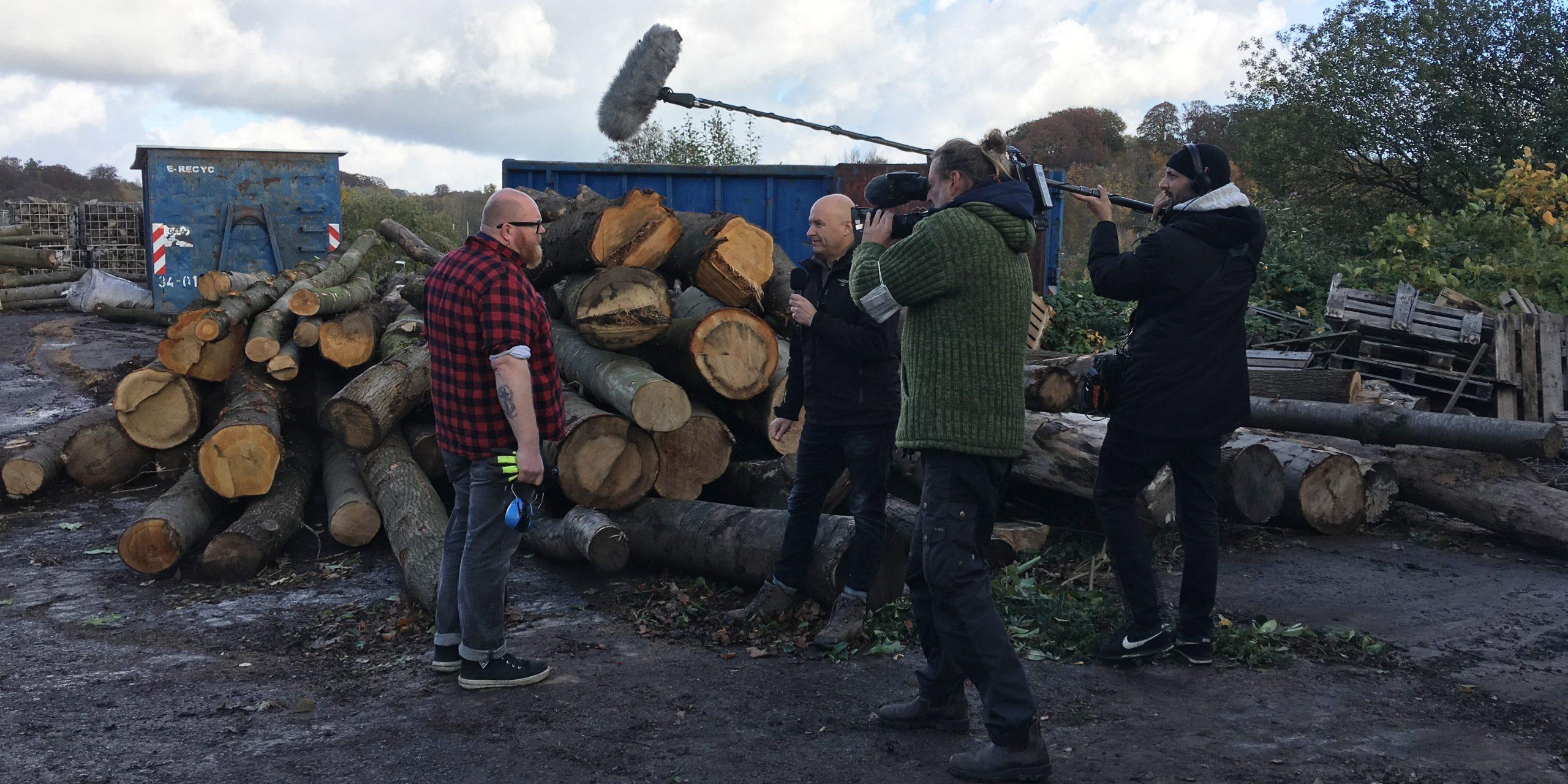 Besuch des WDR am Holzenergiehof