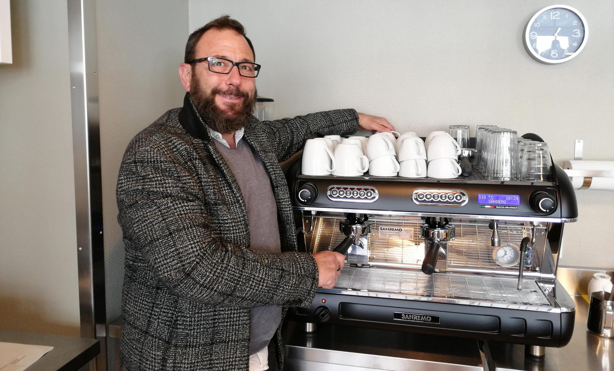 Hier & Da - Kaffeemaschine - Webseite